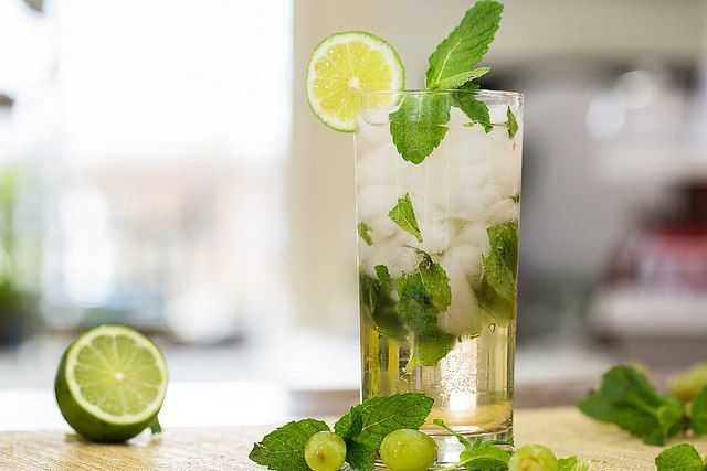 Fresh-herbs best water enhancers
